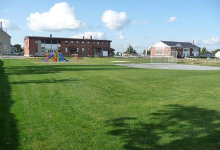 Espaces verts, aménagement parc, tourbe, semence, jeux pelouse