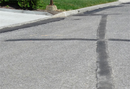 Tranchée, drainage, terrain sportif, rue, stationnement