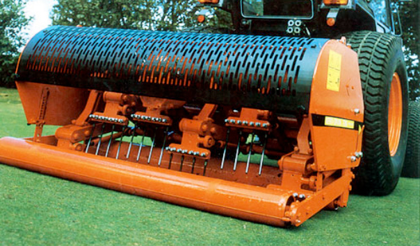 Verti-drain, football, soccer, golf, décompaction, aération